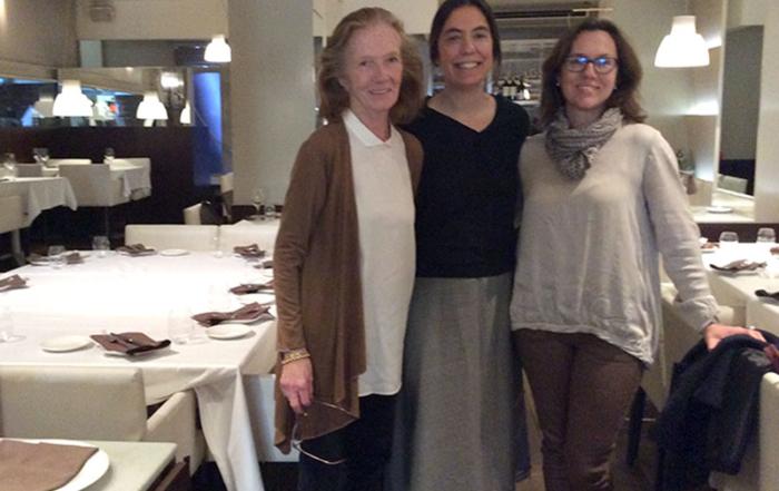 Niños de st pauls en restaurante San Igueldo con Happymanners